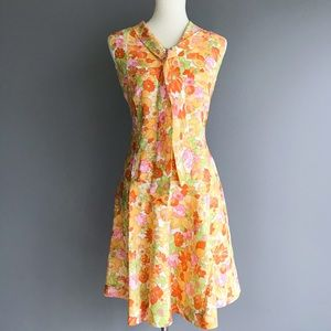 Vintage • bright floral bow dress
